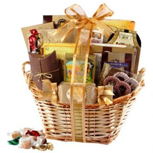 21 unique christmas gift ideas for married couples gourmet gift basket image sciox Choice Image