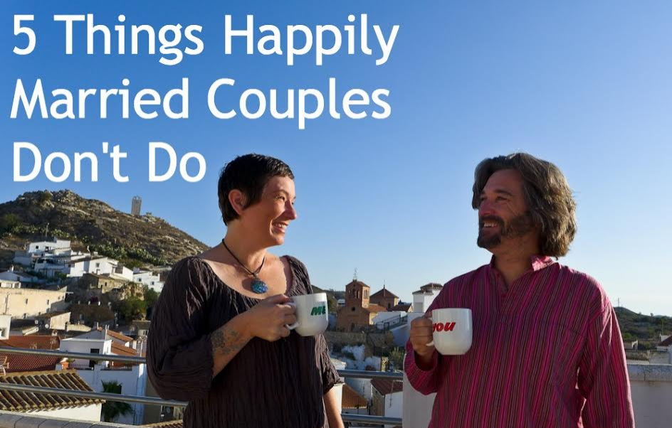 5 Things Happily Married Couples Don't Do
