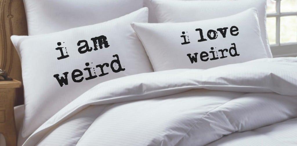 101 Gifts Pillow Set